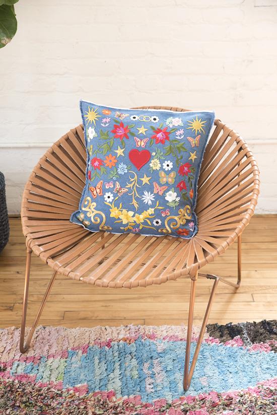 DIY denim and colorful patch pillow (via www.designlovefest.com)