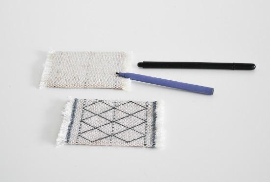 stylish DIY coasters made of Moroccan fabric (via passionshake.com)