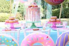 super bright, fun and sweet girl's birthday party theme – glazed donuts, for decor and for the dessert table, too