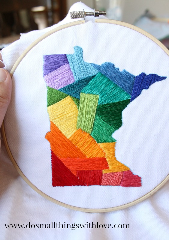 DIY color block embroidery state art (via catholicsprouts.com)