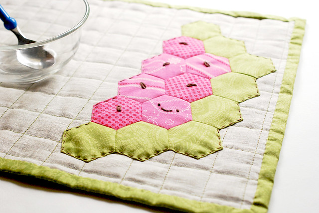 DIY hexagon watermelon placemat (via wildolive.blogspot.com)