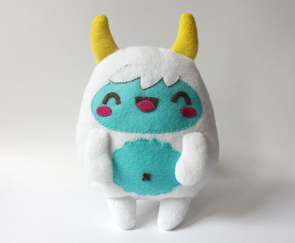 DIY kawaii yeti monster plushie (via crafts.tutsplus.com)