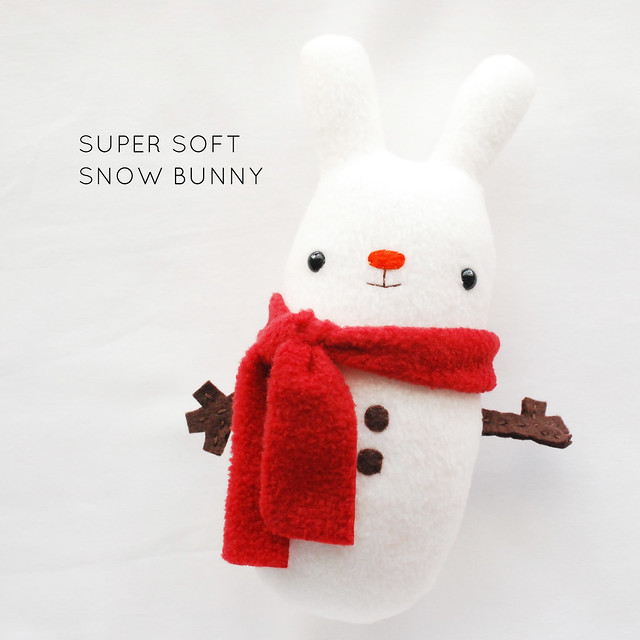 DIY snow bunny plushie that resembles a snowman (via wildolive.blogspot.com)