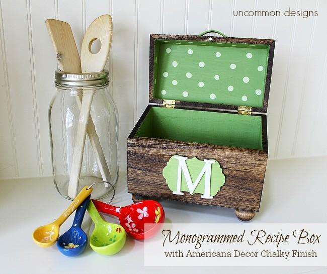 DIY vintage monogrammed recipe box  (via www.uncommondesignsonline.com)