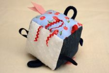 DIY colorful soft cube toy with tags