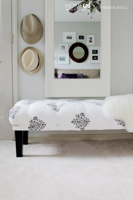 DIY comfy tufted bench with contrasting legs (via www.remodelaholic.com)