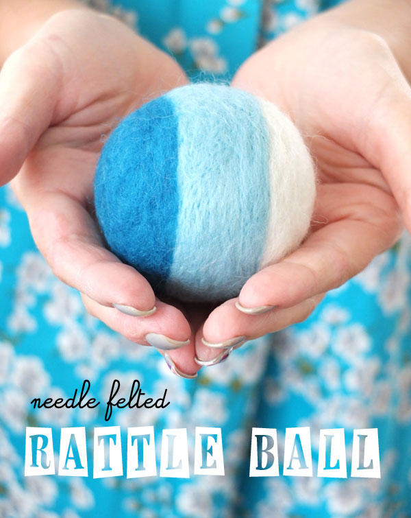 DIY bright felted rattle ball (via mypoppet.com.au)