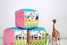 DIY soft and colorful rattle blocks