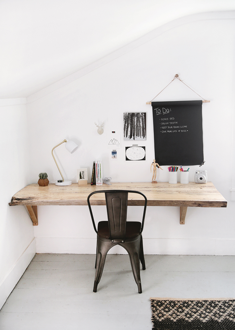 DIY live edge wall mounted desk