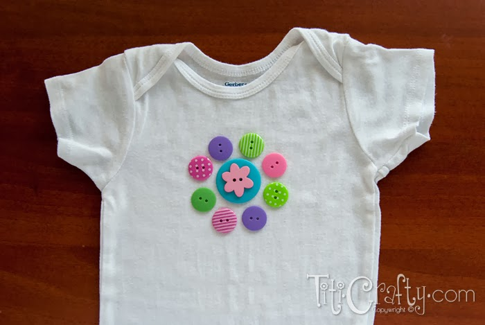 DIY colorful button flower onesie (via thecraftingnook.com)