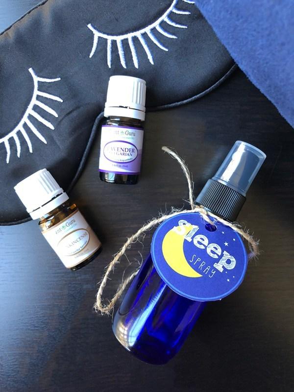 DIY simple lavender sleep spray (via cookiesandcalligraphy.com)