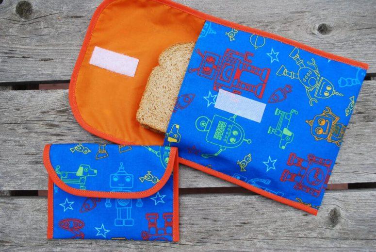 DIY reusable sandwich bags with large flaps (via www.merrimentdesign.com)