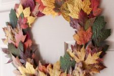 17 a colorful dried fall leaf wreath will be a perfect natural touch of the fall to your front door or inside your home