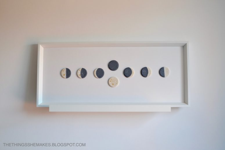 DIY moon phase wall art piece using clay (via thethingsshemakes.blogspot.com)