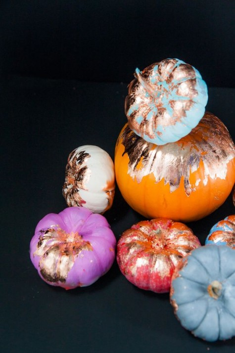 colorful pumpkins with copper leaf decor are very glam and romantic, super chic and bold