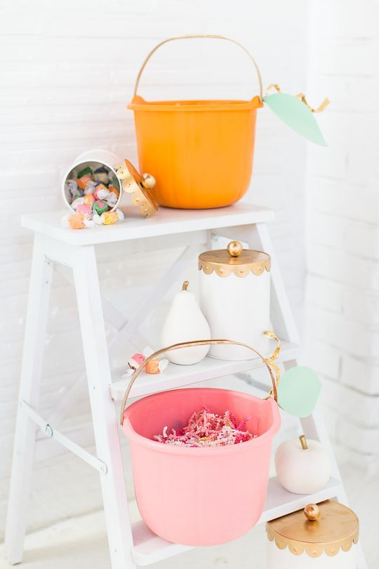 a pastel Halloween candy buffet for those who come for a trick or treat