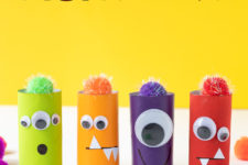 DIY colorful monsters of toilet paper rolls for Halloween