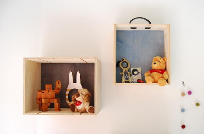 DIY display box shelves of wine crates (via www.adelerotella.com)