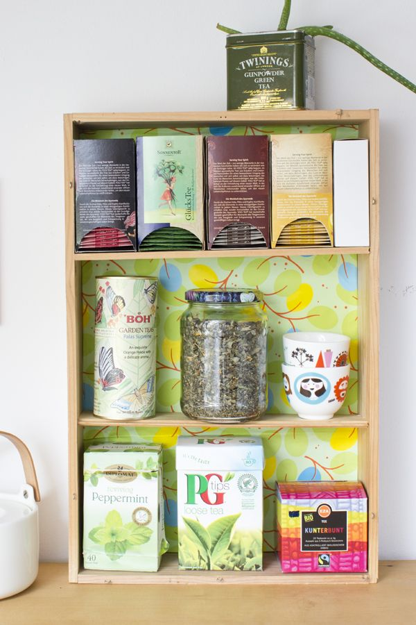 DIY mini box shelf with colorful backing for kitchens (via look-what-i-made.com)