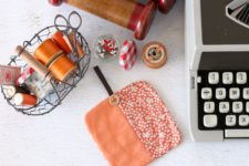 DIY pumpkin-colored coasters to sew for Halloween