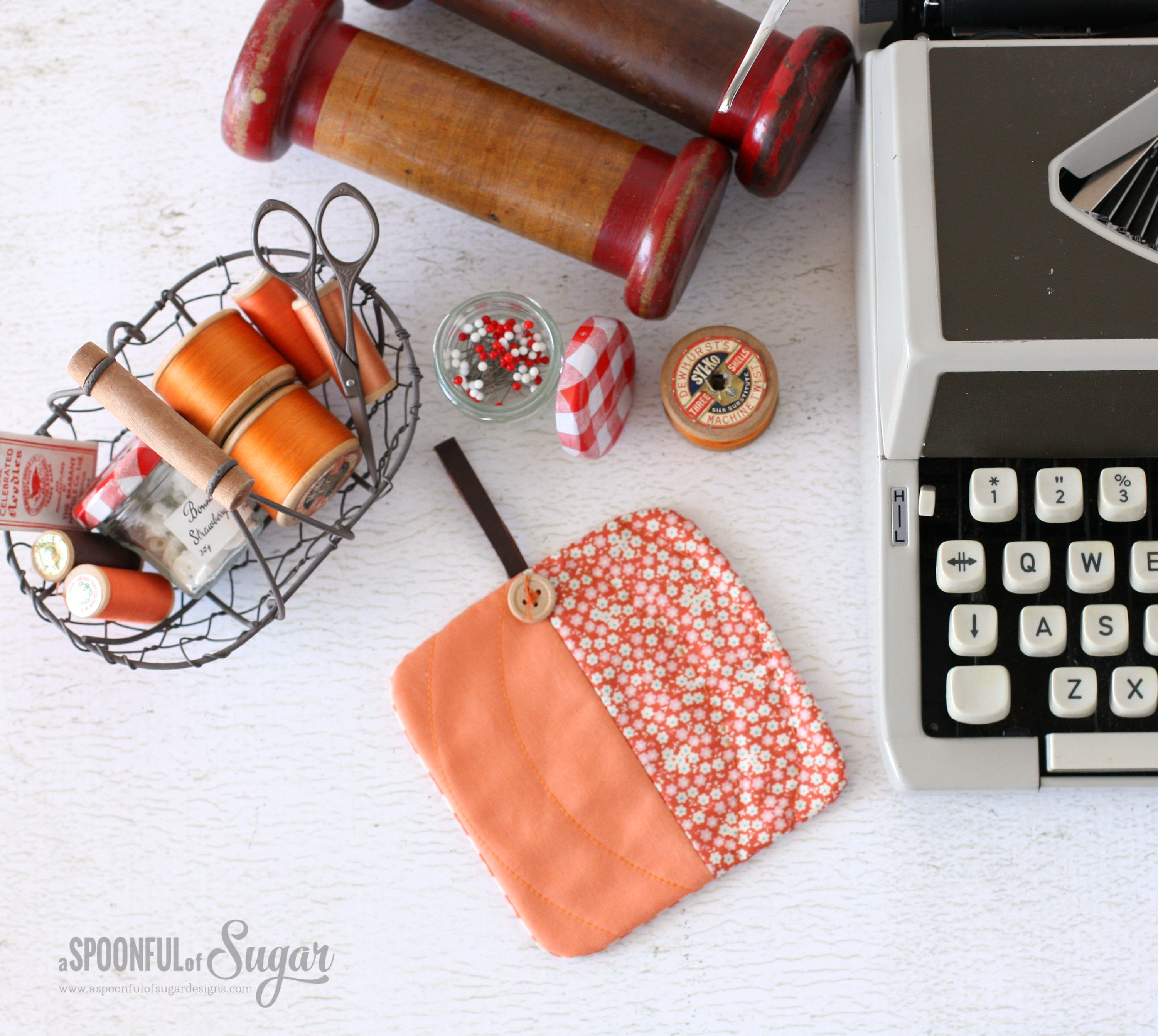 DIY pumpkin colored coasters to sew for Halloween