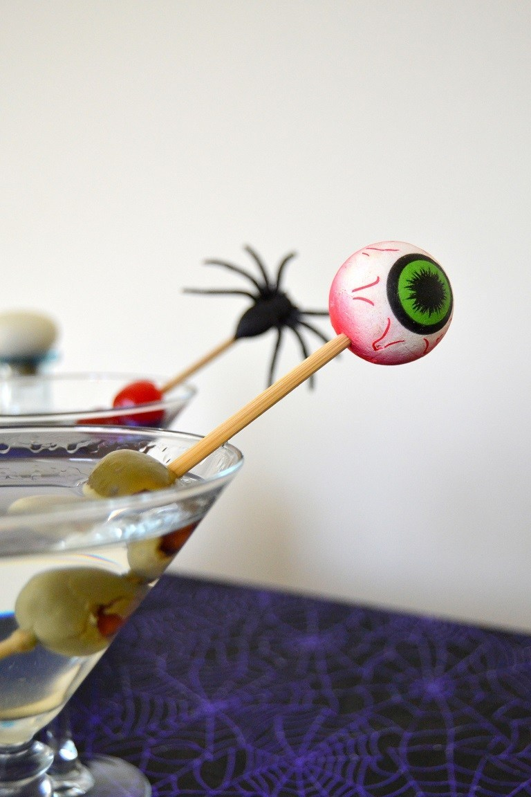 DIY scary Halloween cocktail stirrers