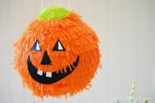 DIY jack-o-lantern pinata for Halloween decor