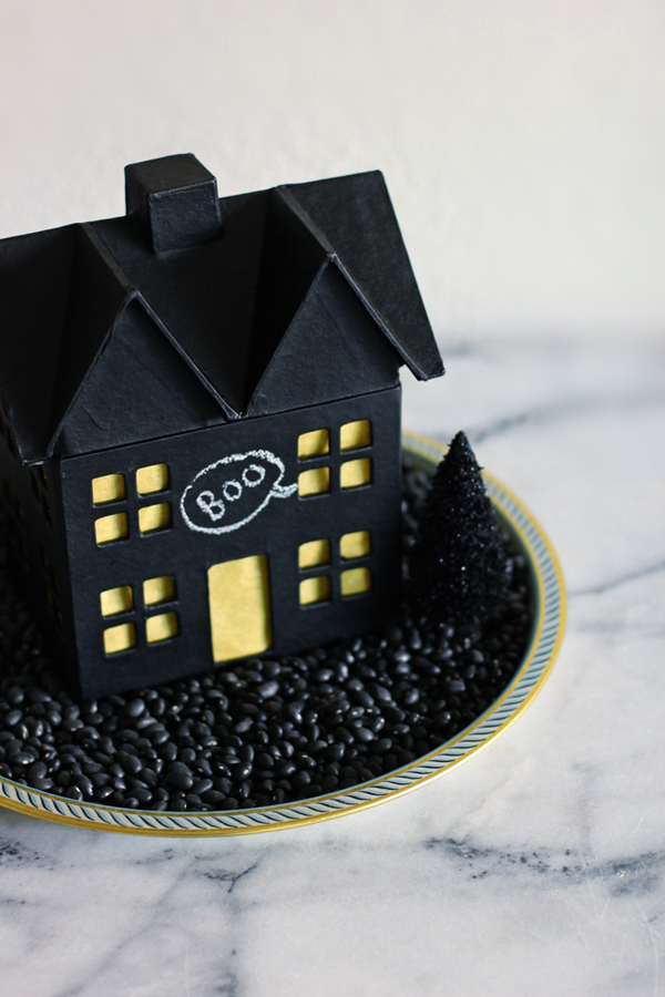 DIY chalkboard haunted house for Halloween