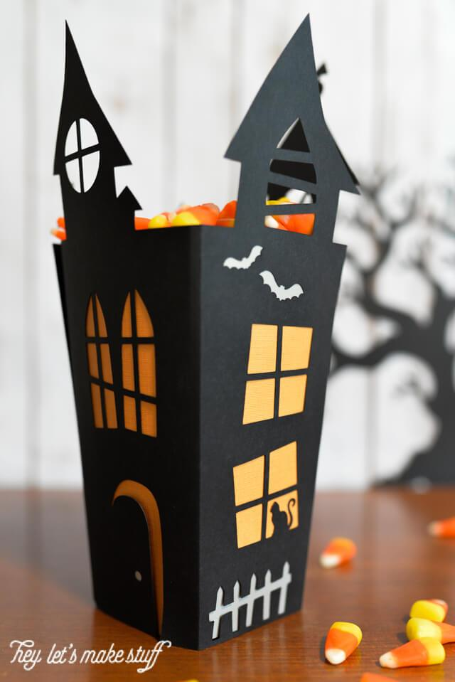 DIY haunted Halloween house candy box