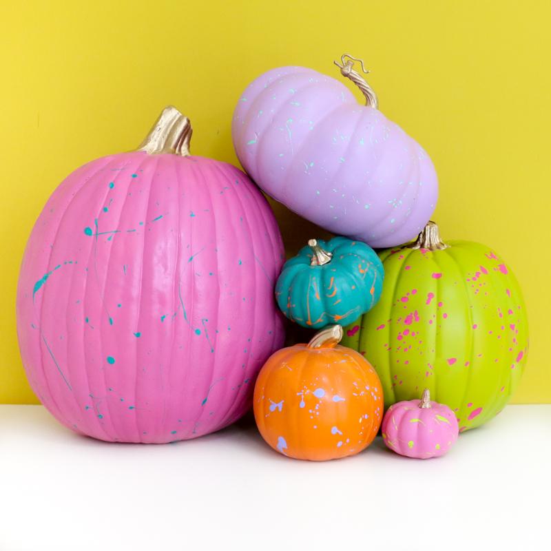 DIY 90s splatter neon pumpkins for Halloween