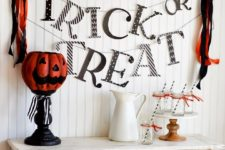 DIY Halloween bunting with Trick or Treat letters