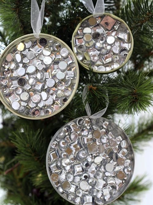DIY recycled rhinestone Christmas ornaments (via modpodgerocksblog.com)