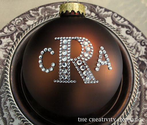 DIY monogram Christmas ornaments with rhinestones (via www.thecreativityexchange.com)