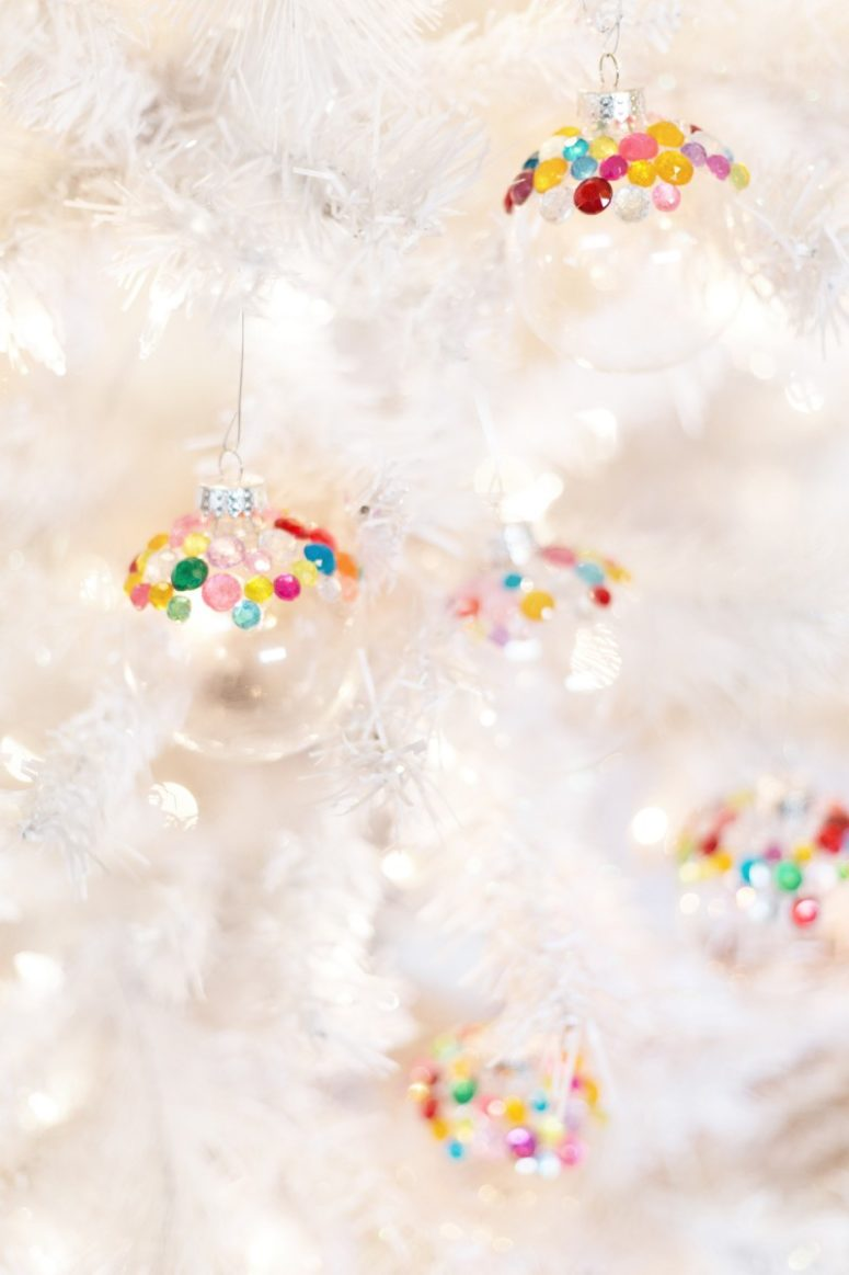 DIY colorful rhinestone Christmas ornaments (via lovelyindeed.com)