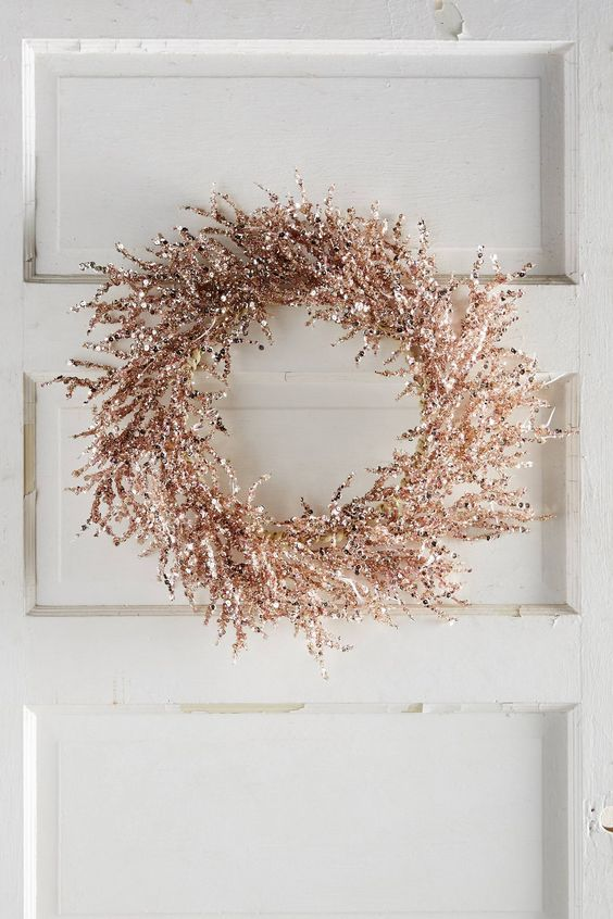 a shiny copper Christmas wreath is an ultimate idea for bright and edgy Christmas decor