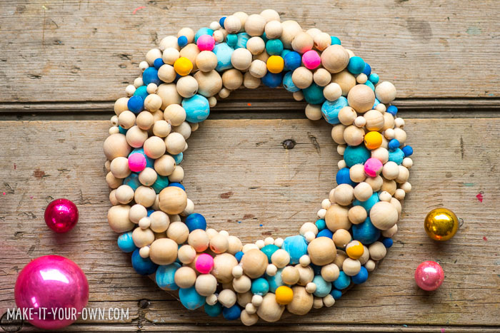 DIY bright wooden bead Christmas wreath