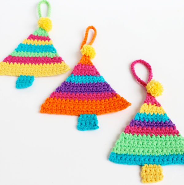 DIY rainbow crochet Christmas tree ornaments (via mypoppet.com.au)