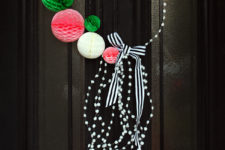 DIY playful red, green and white Christmas wreath with pompoms