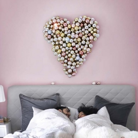 Picture Of create a beautiful ornament heart shaped decoration for your bedroom using VINTER baubles 35