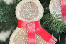 12 cute and super simple glitter wood slice snowman Christmas ornaments with red scarves look very chic and very cool