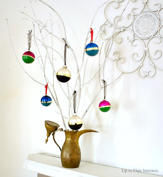 DIY color block Christmas ornament with spray paints (via uptodateinteriors.com)