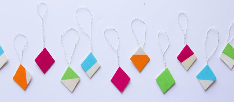 DIY diamond-shaped color block Christmas ornaments (via www.fun365.orientaltrading.com)