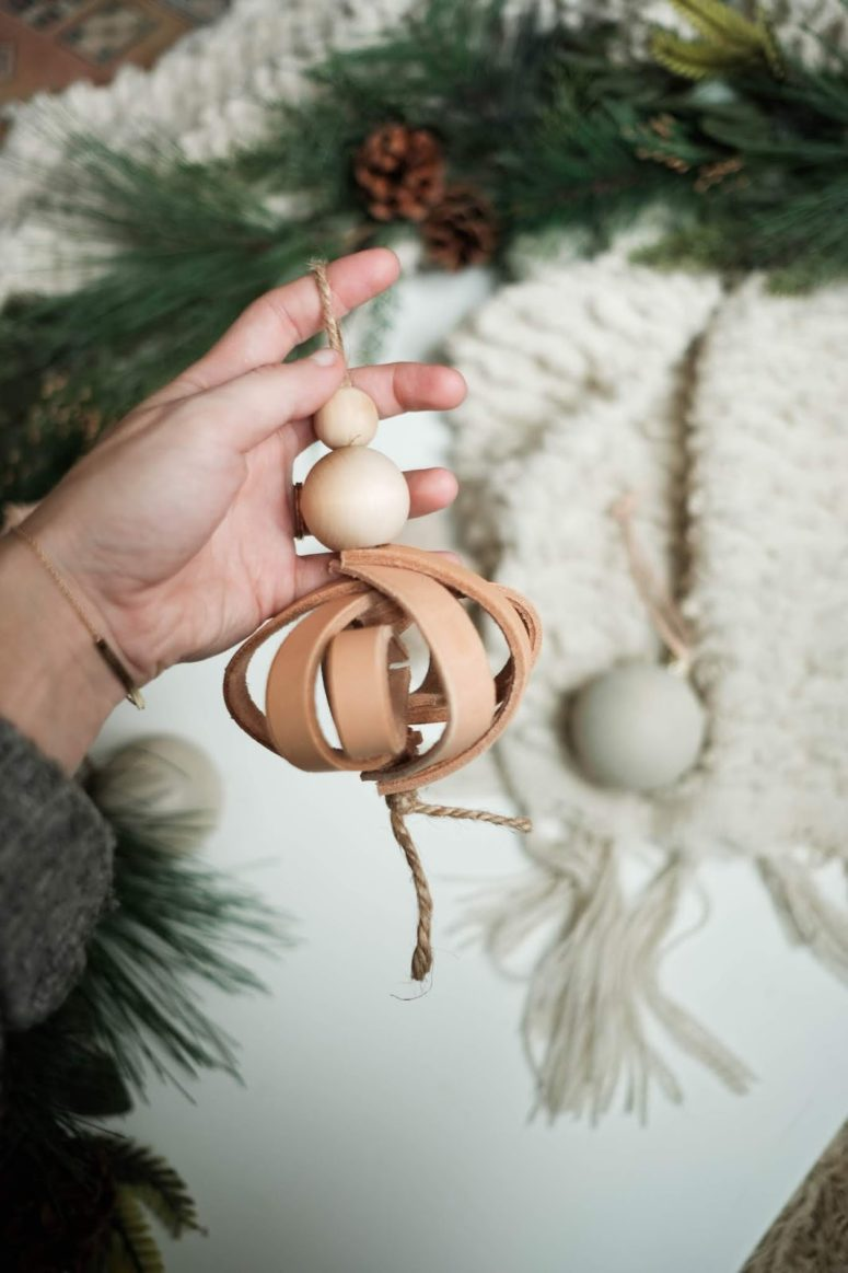 DIY tan 3D leather Christmas ornament with wooden beads (via www.alwaysrooney.com)