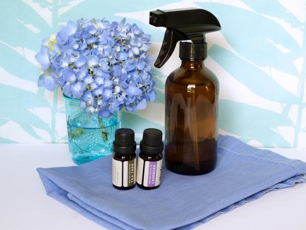 DIY disinfecting spray of vinegar and essential oils (via www.diynetwork.com)
