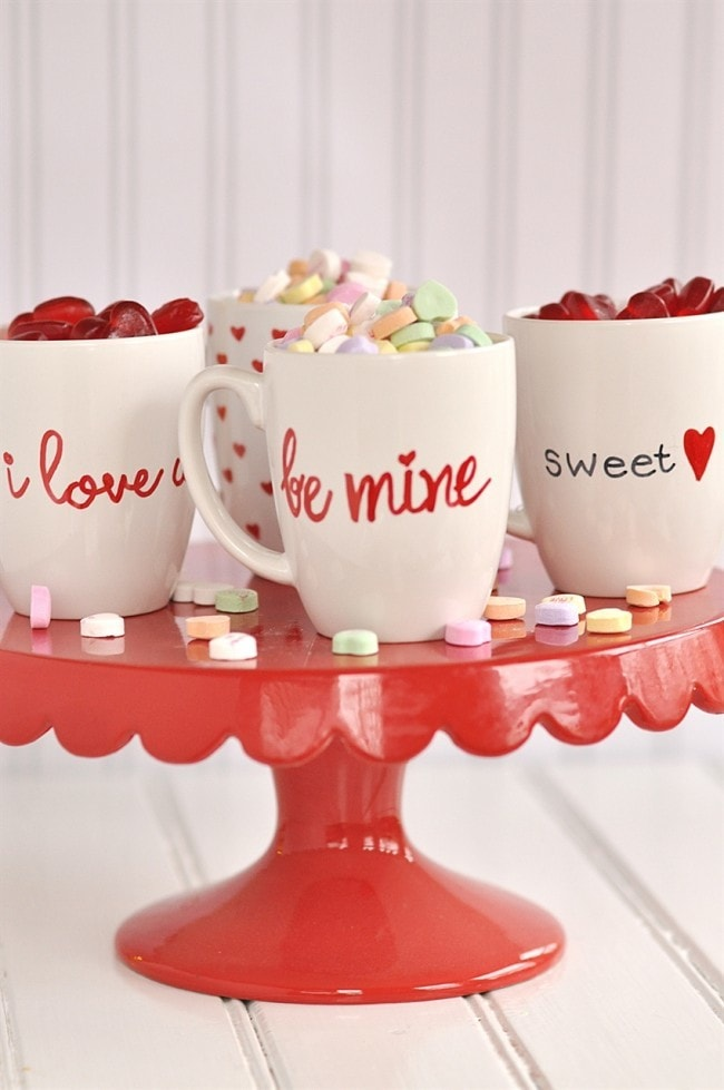 DIY Valentine's Day mugs made with sharpies (via www.yourhomebasedmom.com)