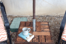 DIY umbrella side table stand