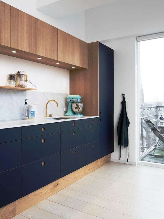 25 Edgy Two Tone Kitchen Designs You Ll Love Shelterness