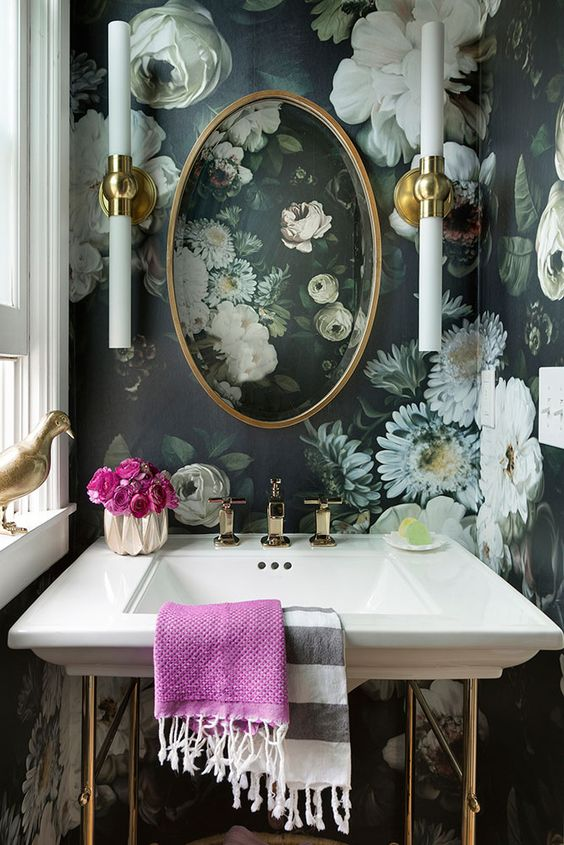 moody realistic floral wallpaper will make your mudroom special and will make it feel like summer