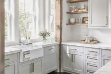 a neutral kitchen design in farmhouse style