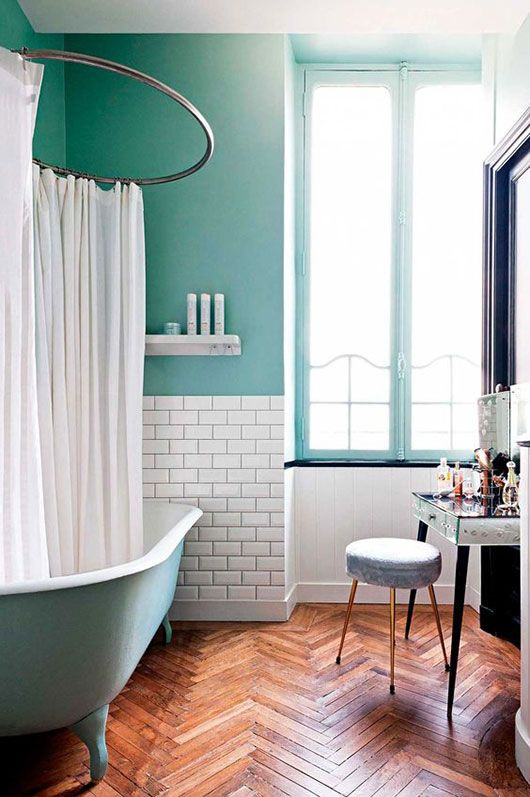 bathroom in quite cool color scheme